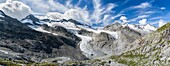 Valley head of valley Obersulzbachtal in the NP Hohe Tauern  Peaks Mt  Grosser Geiger, Mt  Maurerkeeskopf and Mt  Schlieferspitz with the glacial lake Obersulzbachsee, which was formed only recently due to the retreating glaciers  The National Park Hohe T