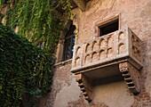 Juliet´s balcony in Verona draws hordes of tourists