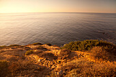 USA, California, Malibu, view of the Pacific Ocean in the morning light, Big Dume