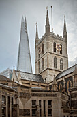 Southwark Cathedral and the Shard, skyscraper, City of London, England, United Kingdom, Europe