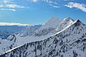 Blick auf Schreckenspitze und Sonntagsspitze, Skitour, Hochplatte, Achensee, Karwendel, Tirol, Österreich