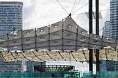 France, Paris-La Défense, La Grande Arche de la Défense by Johan Otto Spreckelsen