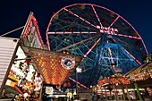 DENO'S WONDER WHEEL AMUSEMENT PARK CONEY ISLAND BROOKLYN NEW YORK CITY USA