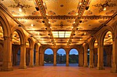 MINTON TILE CEILING BETHESDA TERRACE ARCADE CENTRAL PARK MANHATTAN NEW YORK CITY USA