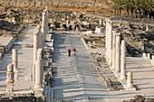 PALLADIUS STREET BYZANTINE COLONNADE RUINS TEL BEIT SHEAN NATIONAL PARK ISRAEL