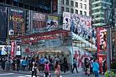 TKTS DISCOUNT THEATER BOOTH TIMES SQUARE MIDTOWN MANHATTAN NEW YORK CITY USA