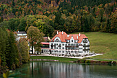 The museum of the Bavarian Kings on the shores of the lake Alpsee, Hohenschwangau, Upper Bavaria, Bavaria, Germany