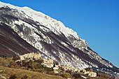 Roccacaramanico with Monte Moccone in the background, Roccacaramanico, Majella, Abruzzi, Apennines, l' Aquila, Italy