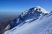 View to Monte Camicia, back-country skiing, Monte Prena, Gran Sasso, Abruzzi, Apennines, l' Aquila, Italy