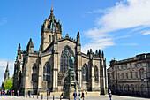 Memorial of Walter Scott with St. Giles' Cathedral, Royal Mile, UNESCO World Heritage Site Edinburgh, Edinburgh, Scotland, Great Britain, United Kingdom