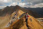 ridge walk to Vf. Lezerului, Fagaras Mountains, Transylvania, Romania