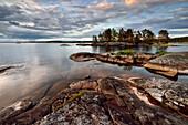 Sonnenuntergang am Onegasee, Republik Karelien, Russland
