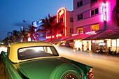 Vintage car in Ocean Drive, Miami Beach, Florida, USA