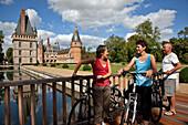 Bicycle Tourism, Cyclists In The Park At The Chateau De Maintenon, Eure-Et-Loir (28), Centre, France