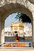 Chris Caldicott/Axiom The Golden Temple Amritsar Punjab India