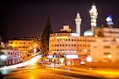 Straßenkreuzung bei Nacht, Amman, Jordanien, Naher Osten