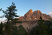 Sass Putia (Peitlerkofel) seen from Wurzjoch at sunset, Val di Funes, Dolomite Alps, South Tyrol, Upper Adige, Italy