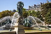La fontaine des Quatre-Parties-du-Monde in the  Jardin Marco Polo, Paris, France, Europe