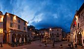 Piazza del Comune, main square with Palazzo dei Priori (r.), UNESCO World Heritage Site, Via Francigena di San Francesco, St. Francis Way, Assisi, province of Perugia, Umbria, Italy, Europe
