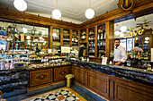 Cafe and gourmet food store, historic city, Genoa, Liguria, Italia