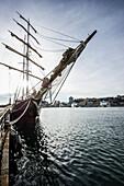 Sailing ship, Porto Antico, Genoa, Liguria, Italia
