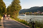 Cycle path along the Danube, Engelhartszell, Austria
