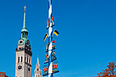 Steeples of St. Peter's church and the city hall, May pole at Viktualienmarkt, Munich, Upper Bavaria, Bavaria, Germany