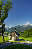 Chapel at Lockstein, Berchtesgaden, Watzmann in the background, Berchtesgadener Land, Bavaria, Germany