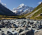 Aoraki, Hooker River, Mount Cook National park, Canterbury, South Island, New Zealand