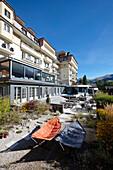 Außenansicht mit Garten, The Cambrian, Adelboden, Kanton Bern, Schweiz
