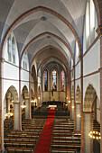 D-Oberhausen, Ruhr area, Lower Rhine, Rhineland, North Rhine-Westphalia, NRW, St. Marien church, catholic church, parish church, interior view, nave and choir, red carpet.