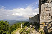 castillo de Montsegur, siglo XIV, castillo cátaro, monte Pog , Ariege, pirineos orientales,Francia, europa.