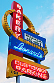 'Leonard's Bakery on the island of Oahu, famous for their malasada pastries; Oahu, Hawaii, United States of America'