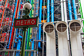 The georges pompidou national center for art and culture, (cnac), also called centre beaubourg or centre pompidou, exhibits collections of modern art, design, photography and graphic arts, 4th arrondissement, paris (75), ile-de-france, france