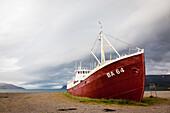 Shipwreck of the boat gardar ba 64, old icelandic ship dating from 1912 that sank in 1981, patrekfjordur, vestfirdir, westfjords, western fjords, iceland, europe
