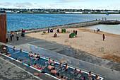Beach and geothermal swimming pool of nautholsvik, reykjavik, capital of iceland, southern iceland, europe