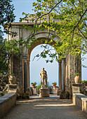 Statues on the Infinity Terrace, Villa Cimbrone, Ravello, Amalfi Coast, UNESCO World Heritage Site, Campania, Italy, Mediterranean, Europe