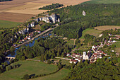 France, Yonne (89), Merry-sur-Yonne, village in the valley of the Yonne, the Rocks Saussois along the river (aerial view)