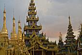 Shwedagon Pagoda, Yangon, Rangoon, capital of Myanmar, Burma