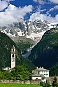 Village of Soglio beneath Bondasca range, Soglio, Bergell range, Upper Engadin, Engadin, Grisons, Switzerland