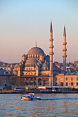 New Mosque, Golden Horn, Istanbul, Turkey, Europe