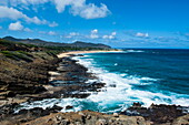 Lookout over sandy beach, Oahu, Hawaii, United States of America, Pacific