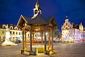 City Hall and well at dusk, Market Square, Old Town, Rzeszow, Poland, Europe