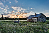 A rebuild settlers house, Vartiolampi, Paanajaervi National Park, Republic of Karelia, Russia