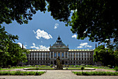 Botanical Garden with Palace of Justice, Munich, Upper Bavaria, Bavaria, Germany