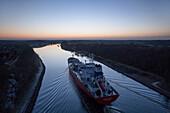 Ship on the Kiel canal, Levensauer bridge, Kiel, Rendsburg-Eckernfoerde, Schleswig-Holstein, Germany