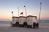 Beach huts on the beach, Nordstrand, Norderney, Ostfriesland, Lower Saxony, Germany