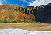 Hawaii, Kauai, Na Pali Coast, Kalalau Beach And Beautiful Mountain Ridges.