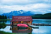 'Boathouse at Maligne Lake in Jasper National Park; Jasper, Alberta, Canada'