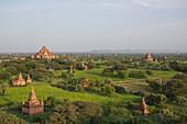 'Pagodas in Bagan, Upper Burma; Myanmar'